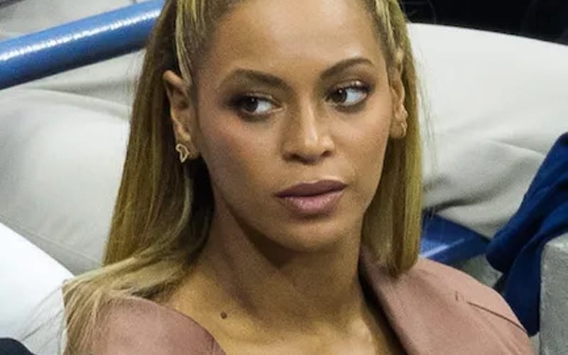 BEYONCE-mad-not-impressed