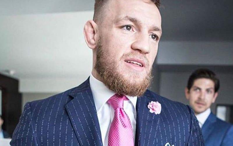 Conor-McGregor-f-ck-you-suit