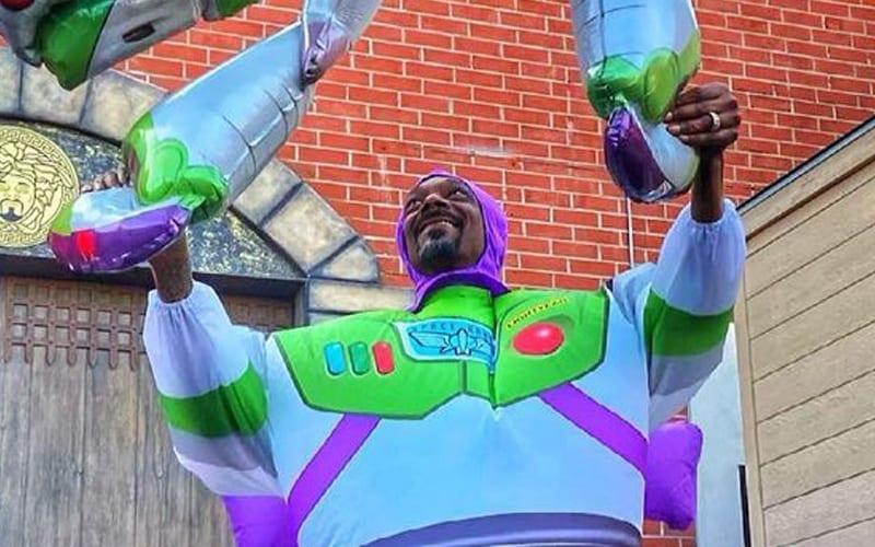 Snoop-Dogg-Buzz-Lightyear