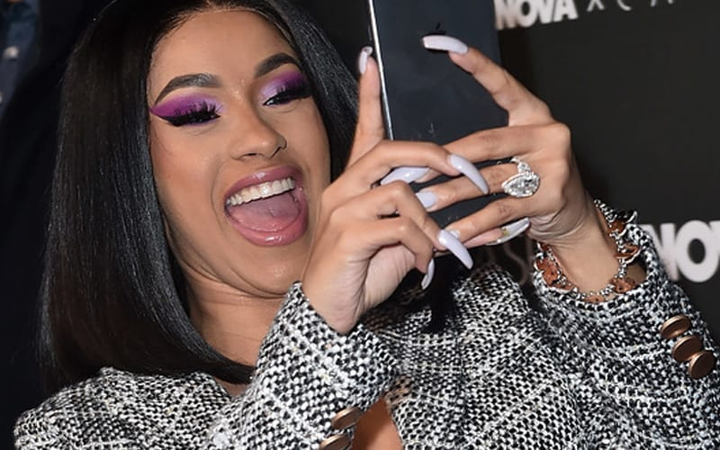 Cardi-B-Deletes-Tweet