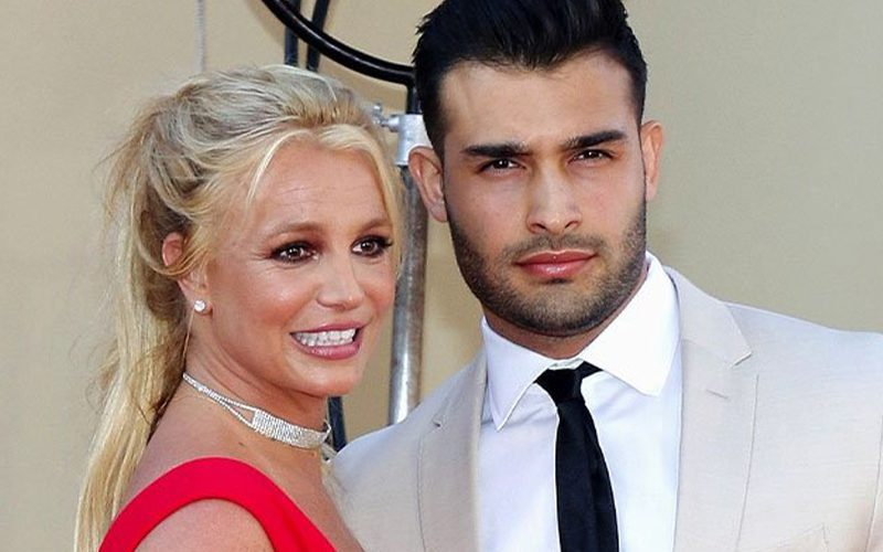 Britney Spears' Fiancé Fires Off About Conservatorship Documentaries