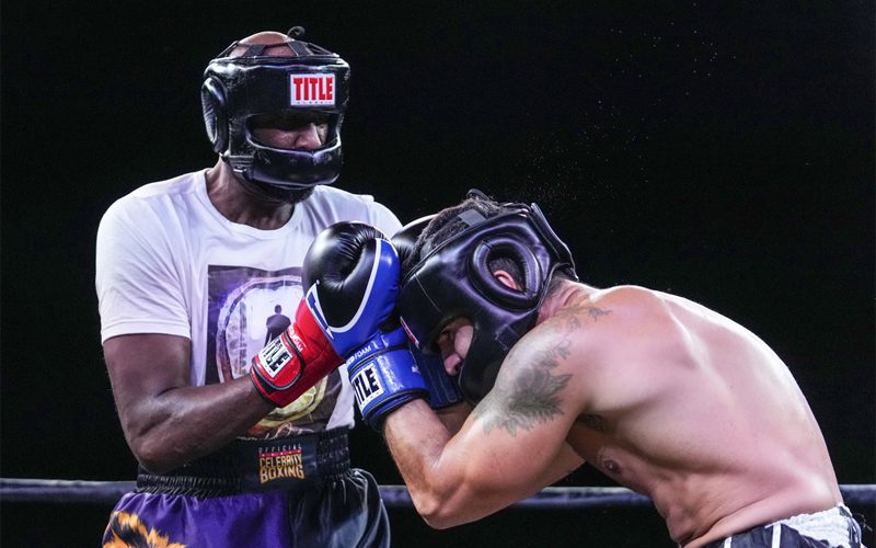 Lamar Odom Beats Jennifer Lopez's Ex In Celebrity Boxing Match