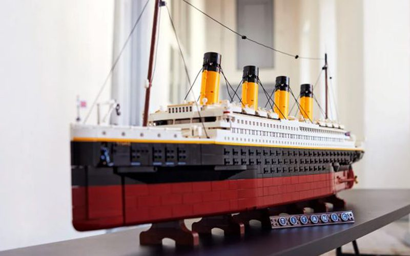 New Titanic LEGO Set Is Almost 10K Pieces & Costs A Fortune